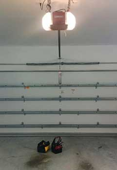 Urgent Garage Door Opener Repair Near Pleasantville