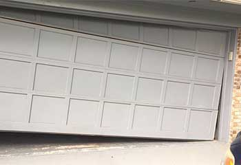 Garage Door Off Track | Garage Door Repair Valhalla, NY