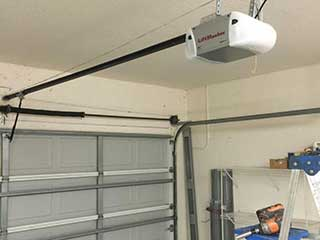 Door Maintenance | Garage Door Repair White Plains, NY