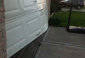Garage Door Off Track Near Pleasantville NY